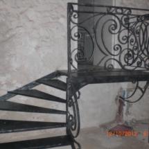 Escalier avec marches en tole